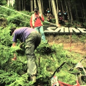26min Highlight Show @ UCI MTB WORLD CUP 2011 - Leogang 4X/ DHI - Round 5 - YouTube